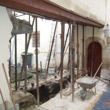 Erneuerung einsturzgefährdete Fassade Coburg